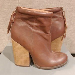 NYLA 'Evasan' Boot in Tan